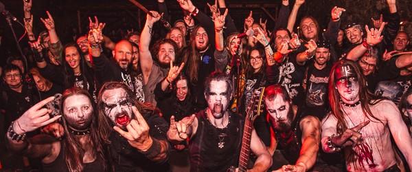 Metalový benefiční koncert na hradě Trosky